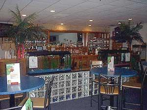 Click to visit the website for the Paradise Grill inside the Winsor Oaks Inn.